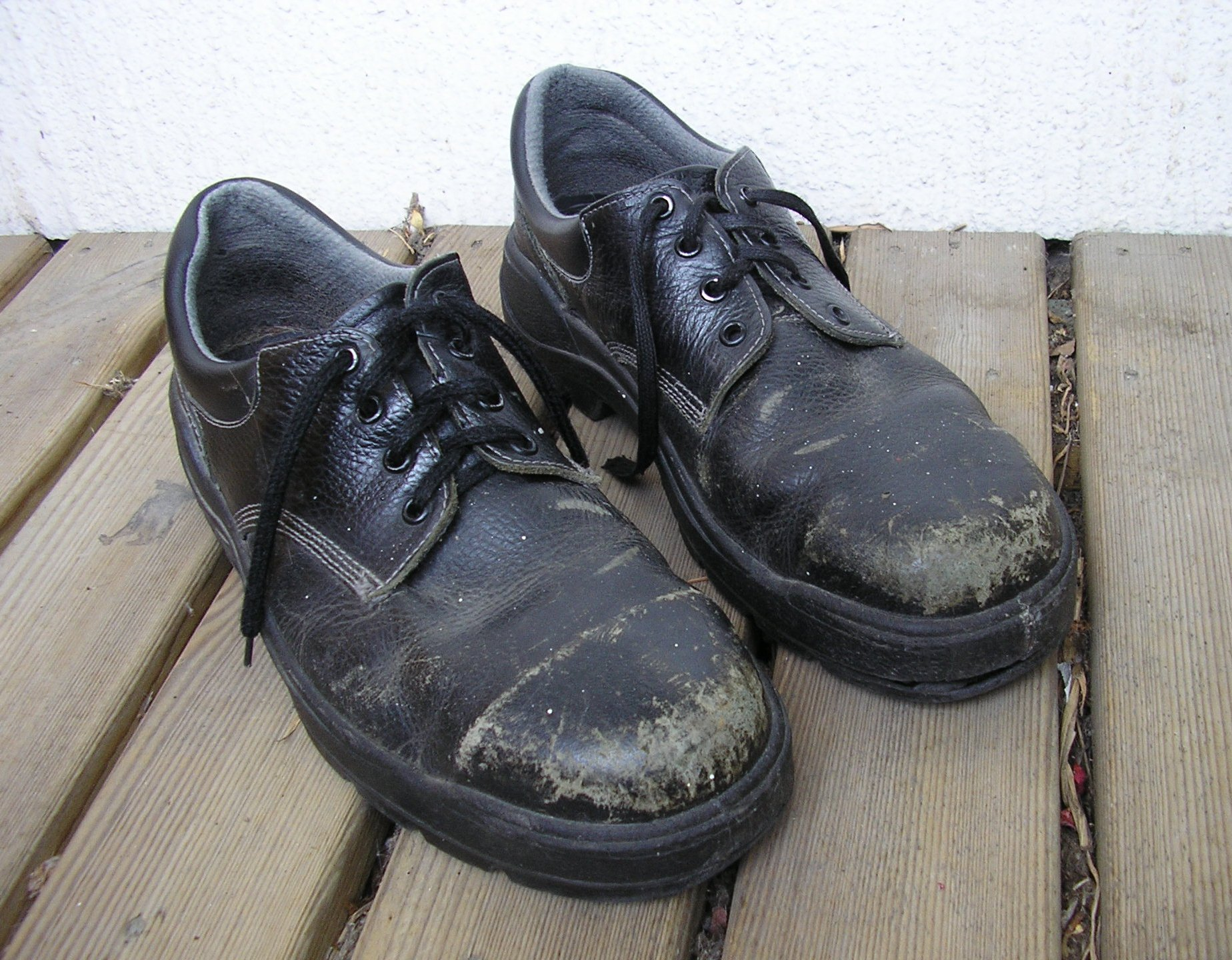 Steel-toe_boots