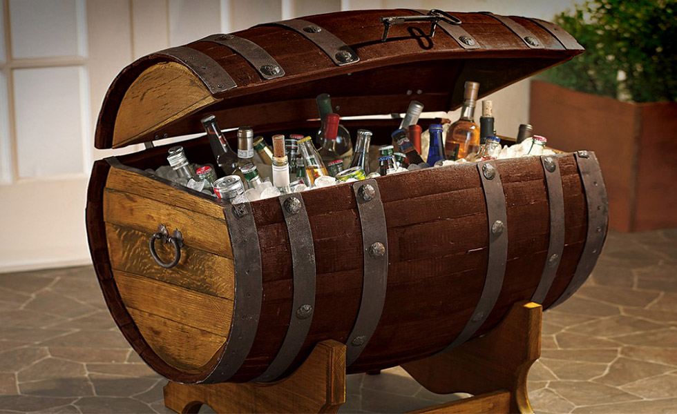Reclaimed-Tequilla-Barrel-Ice-Chest-and-Stand