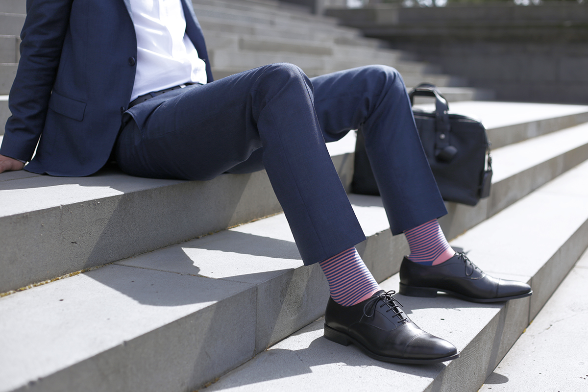 10.0_niles_salmon_sock_lookbook1